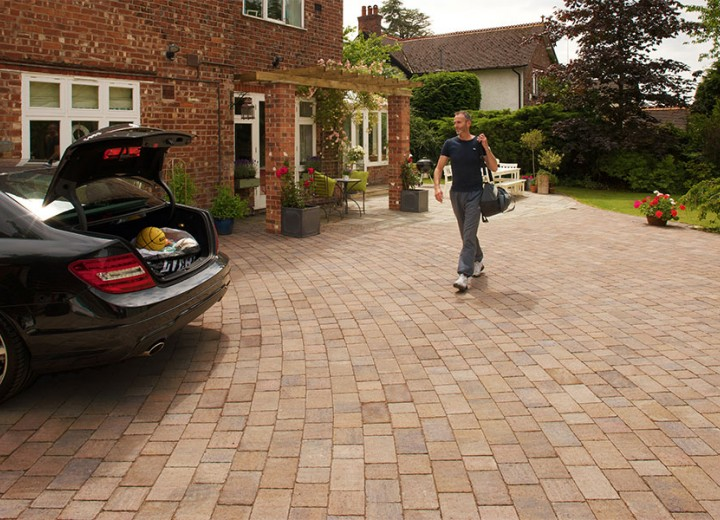 drivesett-tegula-original-block-paving_1_hz.jpg
