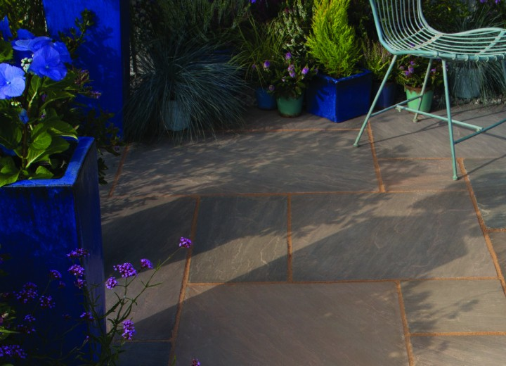 natural-sandstone-paving-in-burnt-umber_31766805980_o.jpg